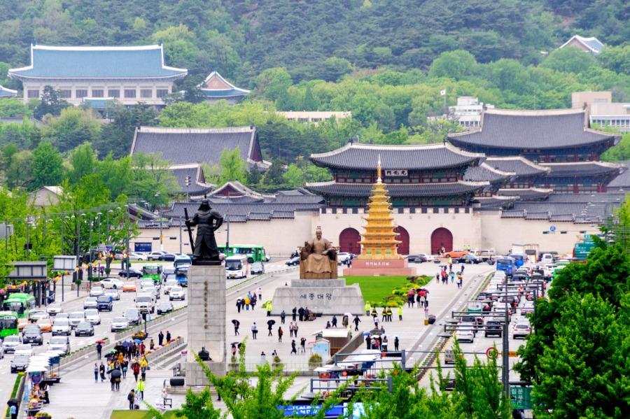 Hanquoc-gwanghwamun-square